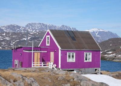 Grönland, Kreuzfahrt mit der Sea Spirit, Landgang, farbenfrohe Häuserbemalung